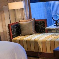 Renaissance New York Times Square Hotel 4* Представительский люкс с различными типами кроватей фото 5