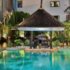 Sunbeam Hotel Pattaya бассейн