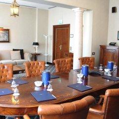 Ata Hotel Executive интерьер отеля