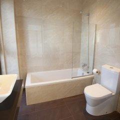 Отель Costa Quebrada Apartamentos Испания, Лианьо - отзывы, цены и фото номеров - забронировать отель Costa Quebrada Apartamentos онлайн ванная