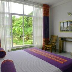 Отель Villa Baywatch Rumassala 3* Стандартный номер с двуспальной кроватью фото 10
