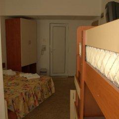 Hotel Elit 2* Стандартный семейный номер с двуспальной кроватью фото 2