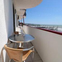 Гостиница Бриз в Сочи отзывы, цены и фото номеров - забронировать гостиницу Бриз онлайн балкон
