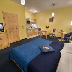 Апартаменты Andel Apartments Praha комната для гостей