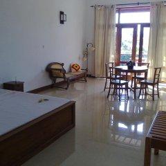 Отель Thumbelina Apartments & Hotel Шри-Ланка, Бентота - отзывы, цены и фото номеров - забронировать отель Thumbelina Apartments & Hotel онлайн комната для гостей фото 4