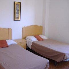 Отель Hostal Casa De Huéspedes San Fernando - Adults Only Стандартный номер с различными типами кроватей фото 11