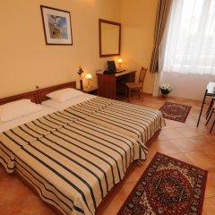 Отель Budapest Museum Central 3* Стандартный номер с двуспальной кроватью фото 2