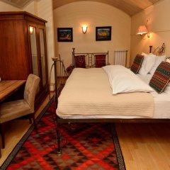 Отель Betsy's 4* Стандартный номер двуспальная кровать фото 11