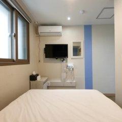 Отель K-guesthouse Sinchon 2 2* Номер категории Эконом с различными типами кроватей фото 5