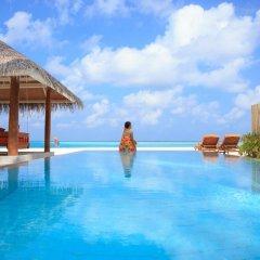 Отель Sun Aqua Vilu Reef бассейн фото 2