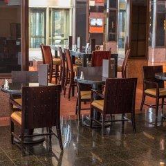 Отель Hilton Newark Airport США, Элизабет - отзывы, цены и фото номеров - забронировать отель Hilton Newark Airport онлайн питание фото 3