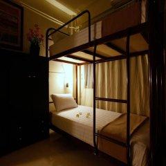 Naturbliss Bangkok Transit Hotel 3* Кровать в общем номере фото 7