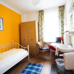 Отель Pension/Guesthouse am Hauptbahnhof Стандартный номер с различными типами кроватей