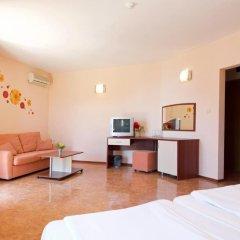 Отель Sunny Flower Hotel Болгария, Солнечный берег - отзывы, цены и фото номеров - забронировать отель Sunny Flower Hotel онлайн комната для гостей фото 3