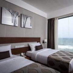 Отель The Ocean Colombo 3* Улучшенный номер с различными типами кроватей фото 5