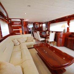 Отель Beyond the Sea Yacht сауна