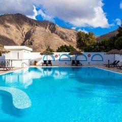 Hotel Marybill бассейн