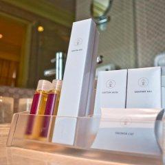 Отель Kingston Suites Bangkok 4* Улучшенный номер с различными типами кроватей фото 8