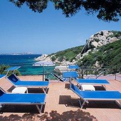 Отель Grand Hotel Smeraldo Beach Италия, Байя-Сардиния - 1 отзыв об отеле, цены и фото номеров - забронировать отель Grand Hotel Smeraldo Beach онлайн бассейн фото 3