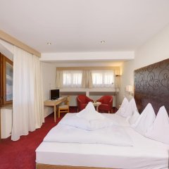 Hotel Tirol Тироло комната для гостей фото 2