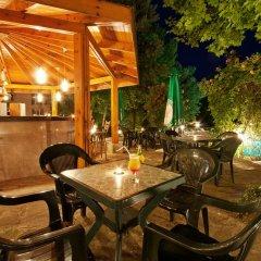 Отель Ljuljak Hotel Болгария, Золотые пески - 1 отзыв об отеле, цены и фото номеров - забронировать отель Ljuljak Hotel онлайн гостиничный бар