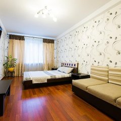 Апартаменты Studiominsk 8 Apartments Минск комната для гостей фото 3