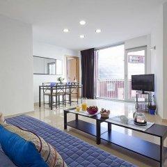 Отель Charmsuites Nou Rambla Апартаменты с разными типами кроватей фото 9