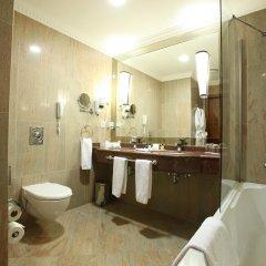 Гостиница Crowne Plaza Minsk 5* Стандартный номер двуспальная кровать фото 5