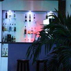 Отель Gamodh Citadel Resort Анурадхапура гостиничный бар