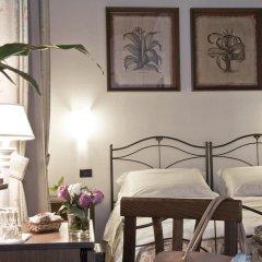 Отель Residenza Il Villino B&B 2* Стандартный номер с двуспальной кроватью фото 5