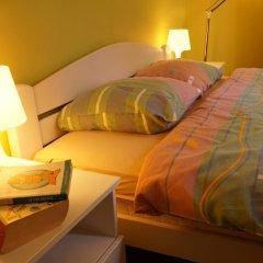 Hostel and Apartments Skadarlija Sunrise удобства в номере фото 2