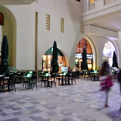 Отель Vacation Bay - Sadaf-5 Residence питание