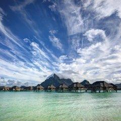 Отель Four Seasons Resort Bora Bora 5* Люкс с различными типами кроватей фото 8