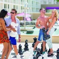 Отель Harrahs Las Vegas США, Лас-Вегас - отзывы, цены и фото номеров - забронировать отель Harrahs Las Vegas онлайн спортивное сооружение
