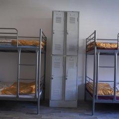 Hostel Fontána Кровать в общем номере фото 5