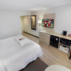 Отель Red Roof Inn PLUS+ Miami Airport 2* Стандартный номер с различными типами кроватей фото 3
