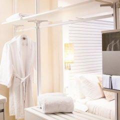 Отель ME Ibiza - The Leading Hotels of the World 5* Стандартный номер с различными типами кроватей фото 5