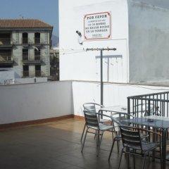 Отель Pension Los Faroles Испания, Фуэнхирола - отзывы, цены и фото номеров - забронировать отель Pension Los Faroles онлайн балкон