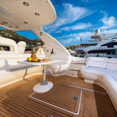 Luxury Yacht Hotel балкон