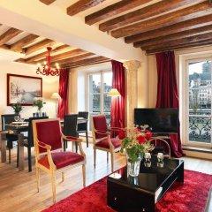 Отель Bourbon Exclusive With View Париж комната для гостей фото 3