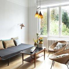 Отель Chambre dhôtes Zita Brussels 4* Люкс повышенной комфортности с различными типами кроватей