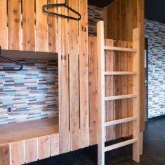 Tonagi Hostel And Cafe Кровать в общем номере фото 4