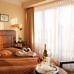 Hotel Majestic Plaza 4* Улучшенный номер с различными типами кроватей фото 14