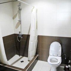 Отель Guesthouse Maqatsaria Грузия, Тбилиси - отзывы, цены и фото номеров - забронировать отель Guesthouse Maqatsaria онлайн ванная