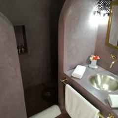 Отель Riad Chi-Chi Марокко, Марракеш - отзывы, цены и фото номеров - забронировать отель Riad Chi-Chi онлайн ванная