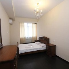 Апартаменты Rent in Yerevan - Apartments on Sakharov Square Люкс разные типы кроватей фото 12