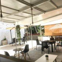 Отель Isola Guest House Остров Гасфинолу гостиничный бар