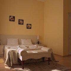 Отель Tbilisi Garden Стандартный семейный номер с двуспальной кроватью фото 7