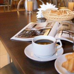 Гостиница Уютная в Оренбурге 10 отзывов об отеле, цены и фото номеров - забронировать гостиницу Уютная онлайн Оренбург питание фото 2
