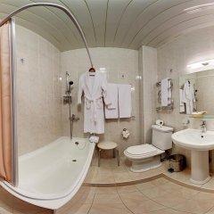 Гостиница «Август» 3* Апартаменты с разными типами кроватей фото 3